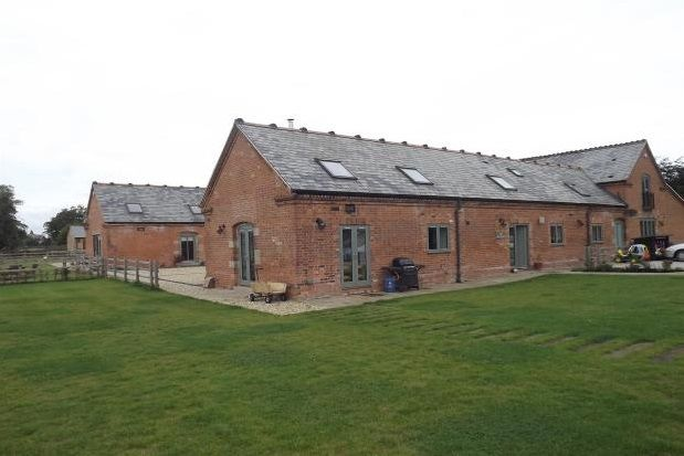 Thumbnail Barn conversion to rent in Holme Lane, Holme Pierrepont, Nottingham