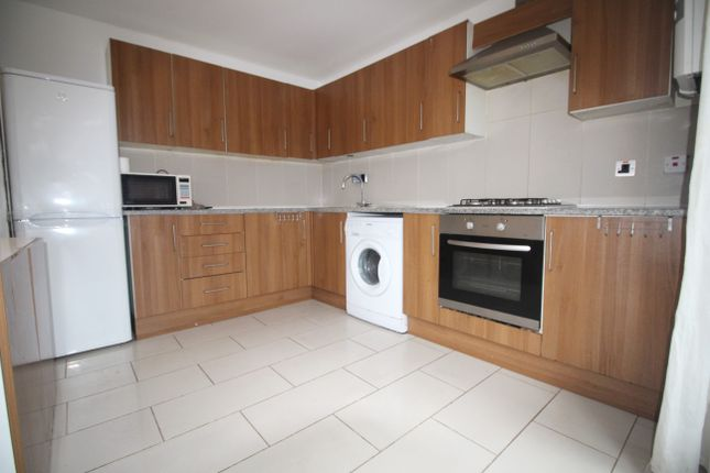 Thumbnail Mews house to rent in Evering Road, London