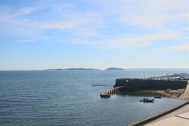 Thumbnail Flat to rent in St. Georges Esplanade, St. Peter Port, Guernsey