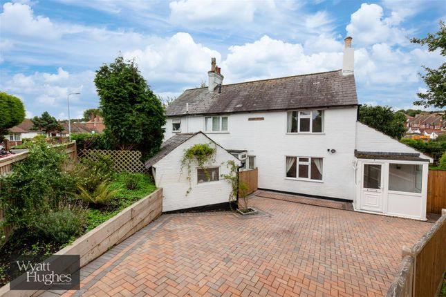 Property for sale in Holliers Hill, Bexhill-On-Sea