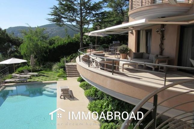 Thumbnail Villa for sale in Théoule-Sur-Mer, France
