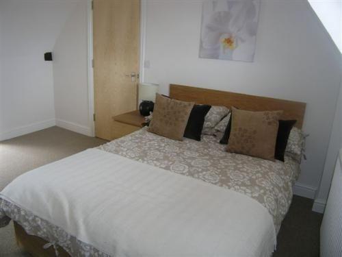 Bedroom of Launton Road Retail, Launton Road, Bicester OX26