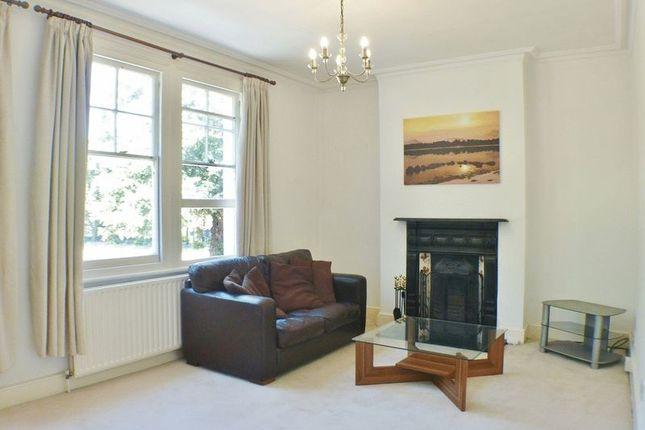3 bedroom maisonette for sale in Fairfield South, Kingston Upon Thames