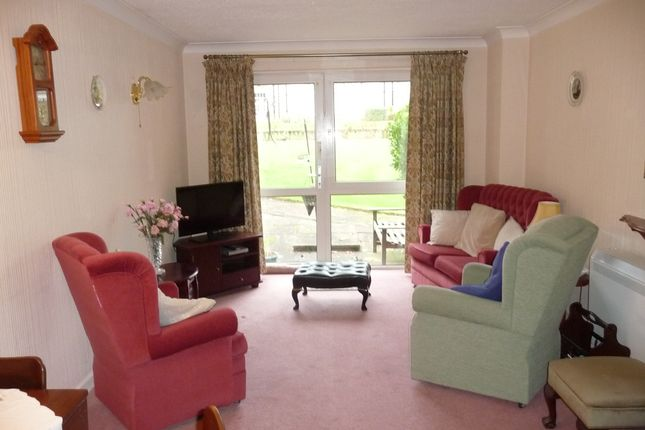 Lounge of Liege House, Manorside Close, Upton CH49