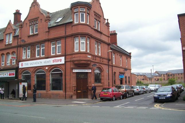 Thumbnail Flat to rent in Ashton Old Road, Manchester