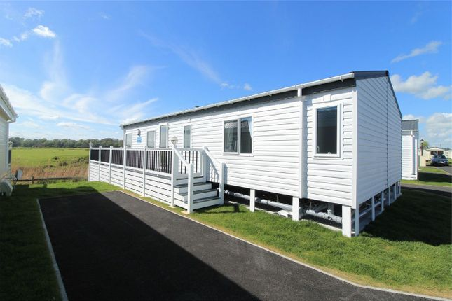 Thumbnail Mobile/park home for sale in Winchelsea Sands Holiday Park, Park Holidays, Winchelsea Beach, East Sussex
