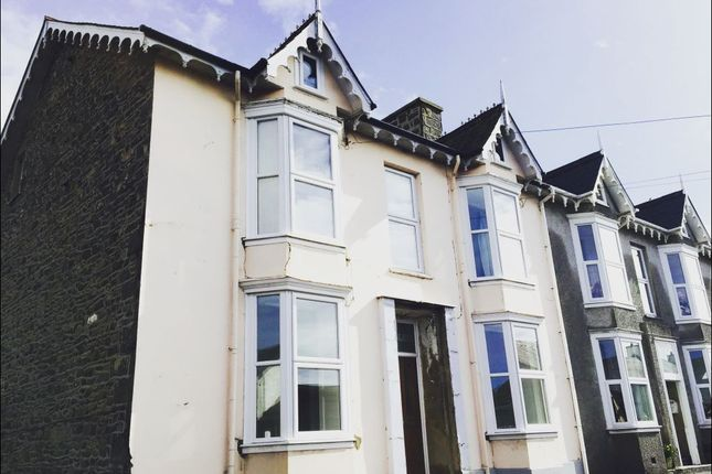 Thumbnail Flat to rent in Bridge Street, Llanon