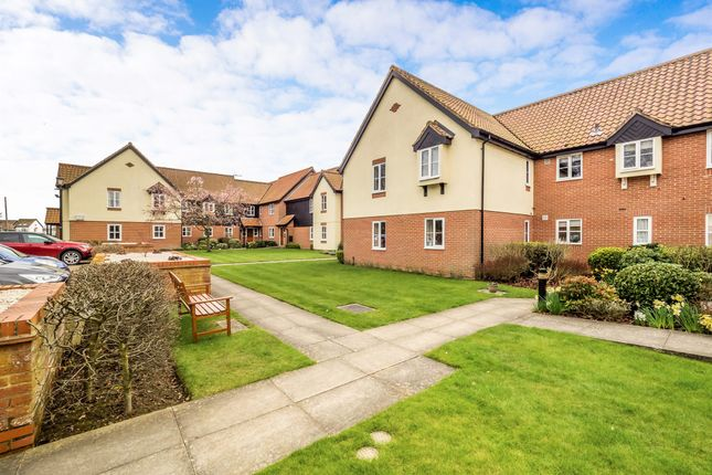 Thumbnail Flat for sale in Bridge Broad Close, Wroxham, Norwich