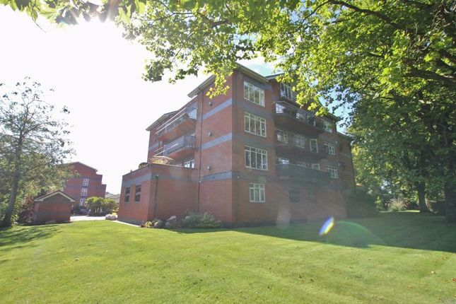3 bed flat for sale in Mossley Hill Drive, Aigburth, Liverpool L17