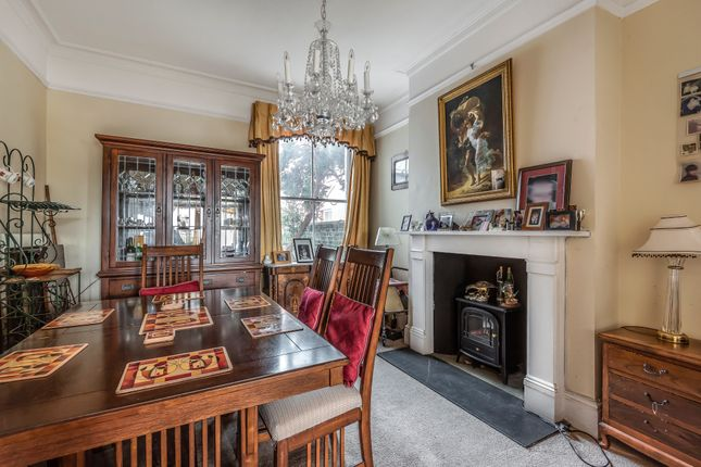 Dining Room of The Broadway, Brighton Road, Worthing BN11