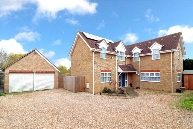Thumbnail Detached house for sale in Bishops Court, Abbots Langley
