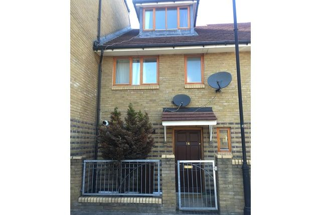 Thumbnail Property to rent in Alpine Road, Leyton, London
