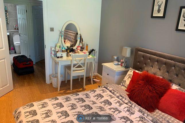 Master Bedroom of John Austin Close, Kingston Upon Thames KT2