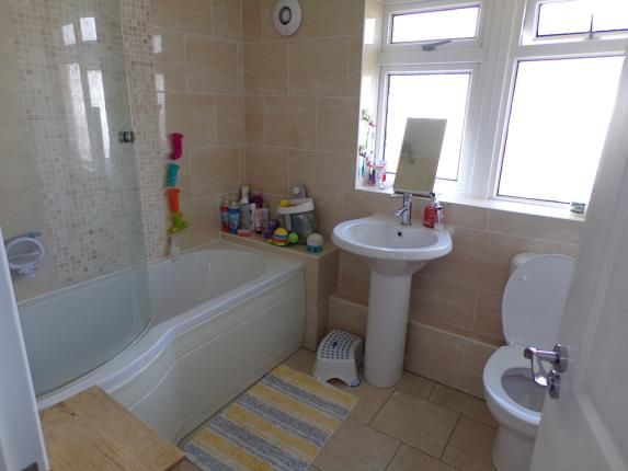 Bathroom of Farnborough Road, Clifton, Nottingham, Nottinghamshire NG11