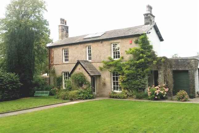 4 bed property for sale in Carnforth