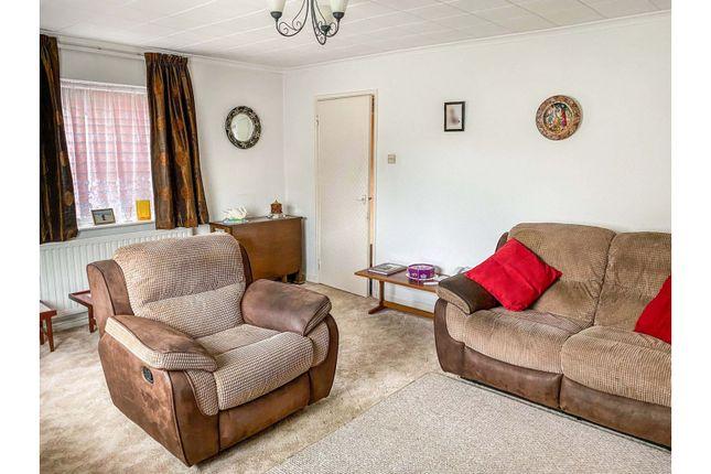 Lounge of Cedar Way, Wellingborough NN8