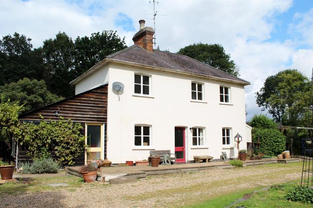 Thumbnail Property for sale in Tollgate Road, Colney Heath, North Mymms