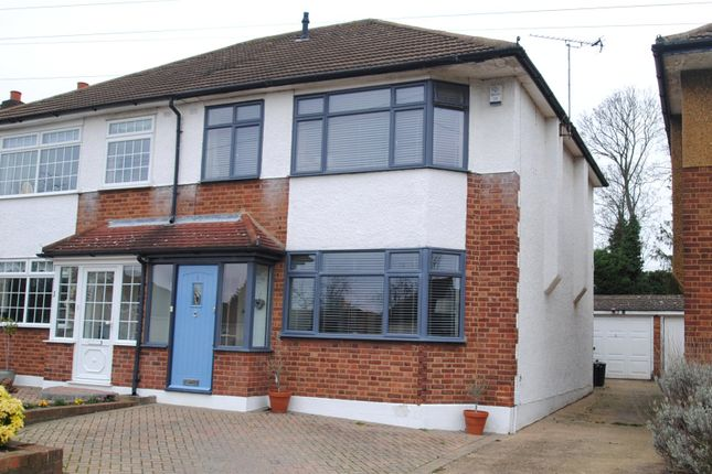 Picture No. 13 of Brookdale Close, Upminster RM14