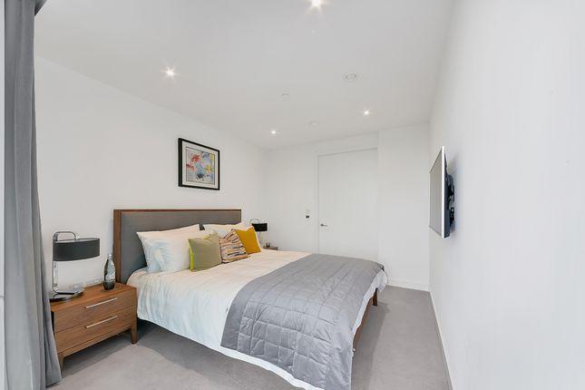 Bedroom of Two Fifty One, Southwark Bridge Road, Elephant & Castle SE1