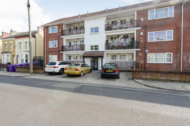 Flat for sale in Holland Street, Fairfield, Liverpool