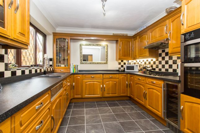 Thumbnail Detached house for sale in Wincoat Drive, Benfleet