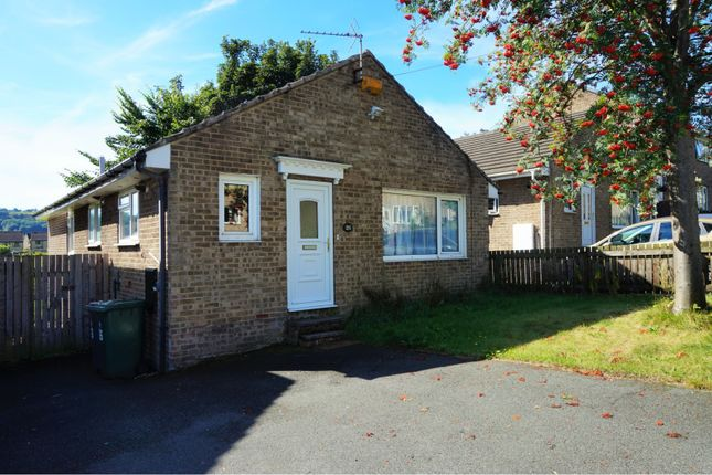 Thumbnail Detached bungalow to rent in Rutland Road, Huddersfield
