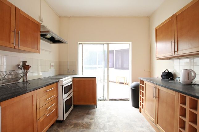 Thumbnail Terraced house to rent in St. Georges Rd, Leytonstone