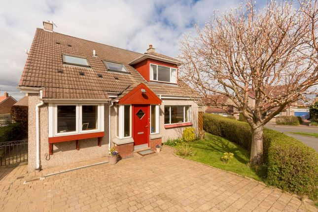 Thumbnail Detached house for sale in 19 Turner Avenue, Balerno