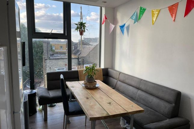 5 bed flat to rent in Noor Court, 49 Raven Row, London E1