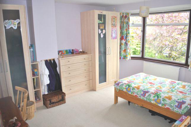 Bedroom 2 of Salisbury Close, Potters Bar EN6