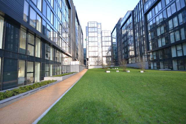 Thumbnail Flat to rent in Simpson Loan, Central, Edinburgh, 9Gq