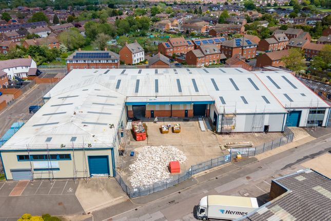 Thumbnail Industrial to let in Unit 22 And 22A, Vale Industrial Estate, Southern Road, Aylesbury