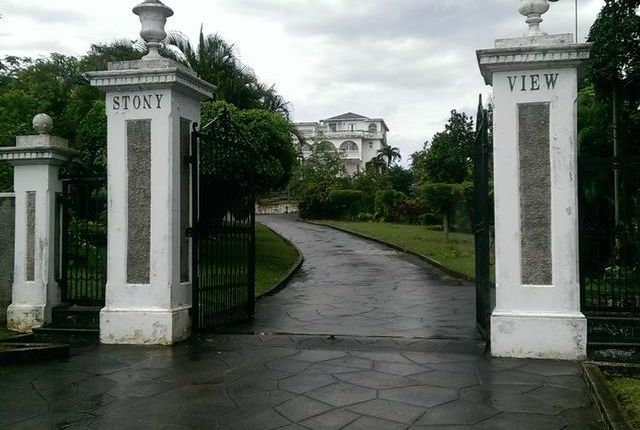 12 bed detached house for sale in Kingston, Saint Andrew, Jamaica