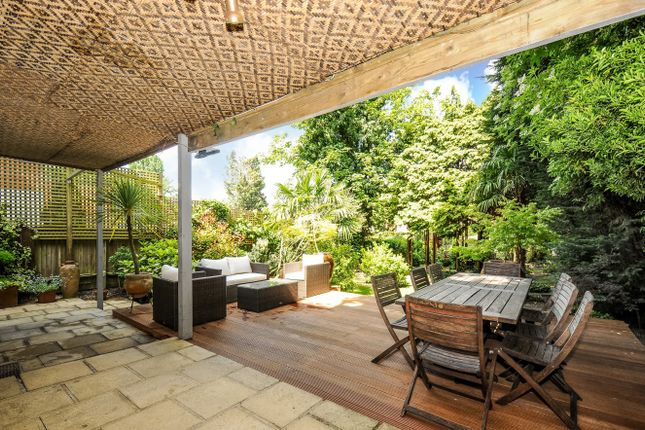 Thumbnail Flat for sale in West Hill, Putney