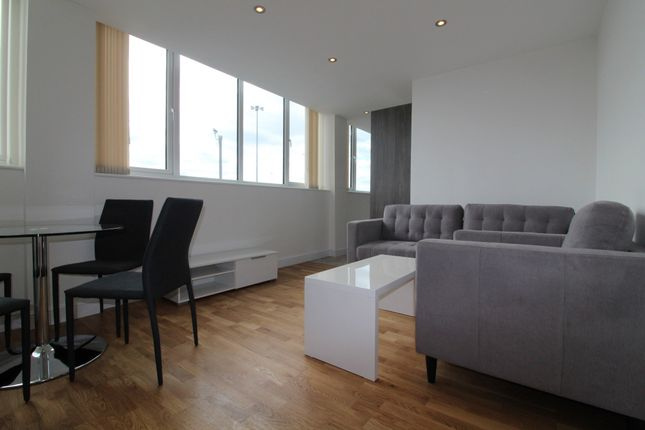 Thumbnail Flat to rent in York Towers, 383 York Road, Leeds