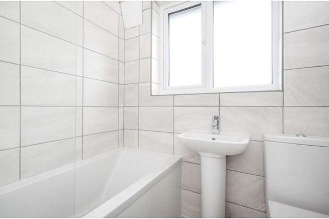 Bathroom of Westdean Avenue, London SE12