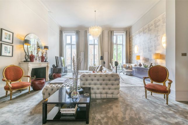 4 bed flat for sale in Gloucester Square, Hyde Park, London W2