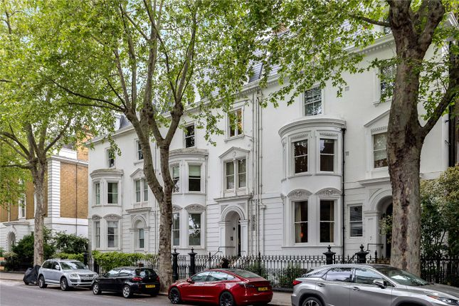 Thumbnail Flat for sale in Gledhow Gardens, Earls Court, London