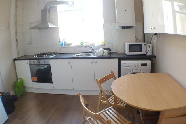 Thumbnail Maisonette to rent in Burdett Road, London