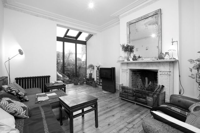 Thumbnail Terraced house for sale in Newick Road, London