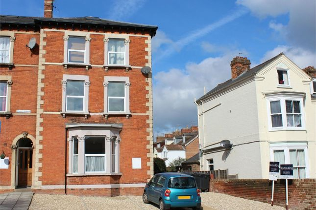 Thumbnail Flat for sale in Cheddon Road, Taunton, Somerset