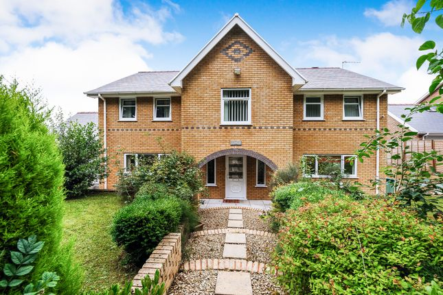 Thumbnail Detached house for sale in Graig Place, Aberdare