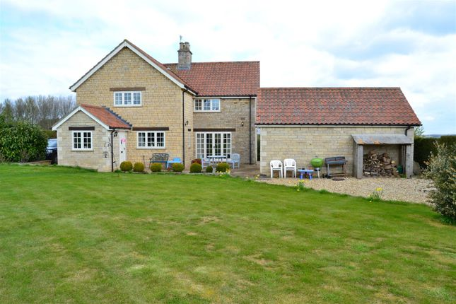 Thumbnail Cottage for sale in Stroxton, Grantham