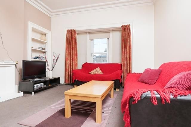 Thumbnail Flat to rent in Brougham Street, Edinburgh