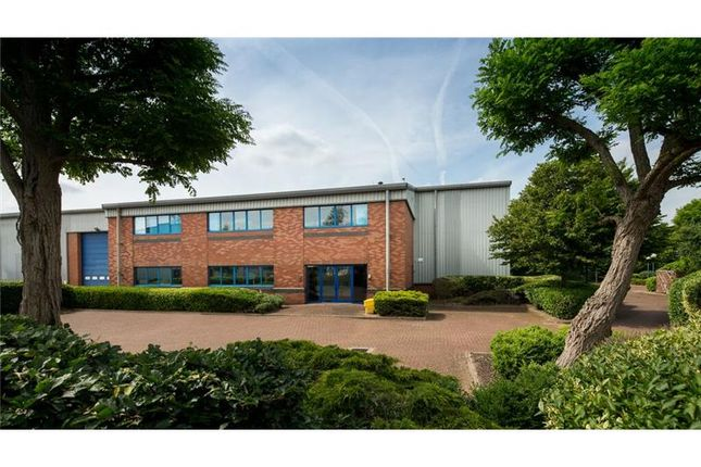 Thumbnail Warehouse to let in Ventura Park, Old Parkbury Lane, Colney Street, St. Albans, Hertfordshire, UK
