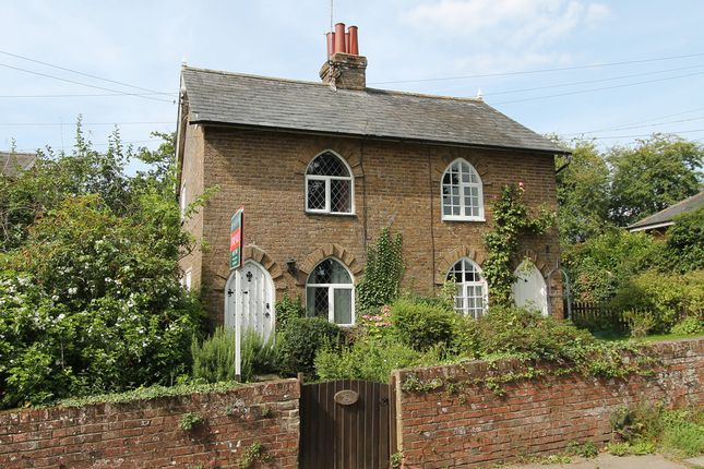 Thumbnail Cottage for sale in The Square, West Street, Hunton, Maidstone