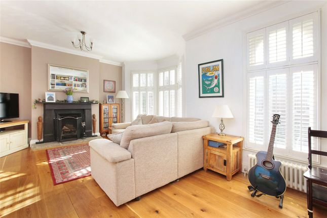 3 bed flat for sale in Haverhill Road, Balham, London