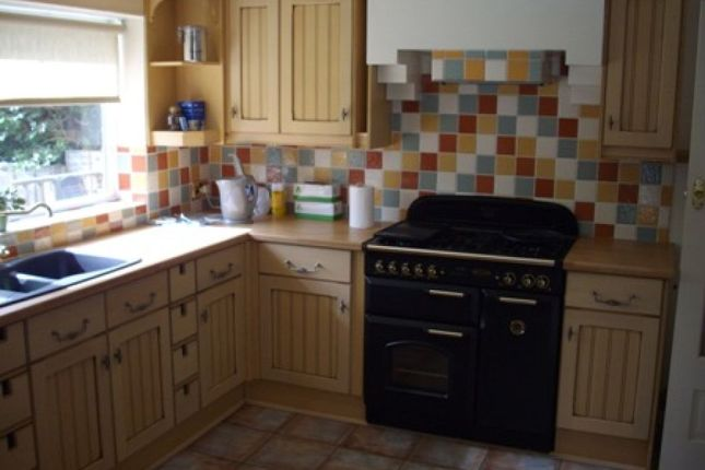 Thumbnail Detached bungalow to rent in Meadow Close, Streetly, Sutton Coldfield