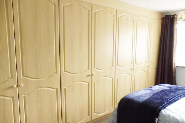 Master Bedroom of Hesley Grove, Chapeltown S35