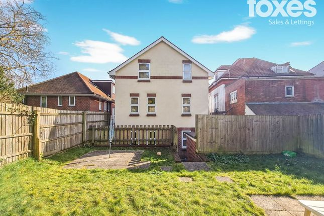 Thumbnail Flat to rent in 19 Frances Road, Bournemouth, Dorset